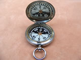 Early WW1 MK V Army Officers pocket compass by J Hicks, London