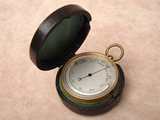 Victorian pocket barometer with curved thermometer