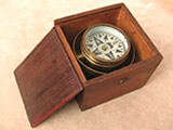 19th century mariners compass gimbal mounted in Oak case