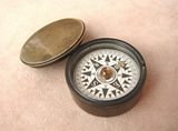 Victorian pocket compass signed Callaghan London, circa 1860's