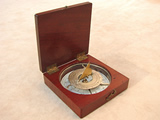 Edwardian mahogany cased pocket compass with folding gnomon