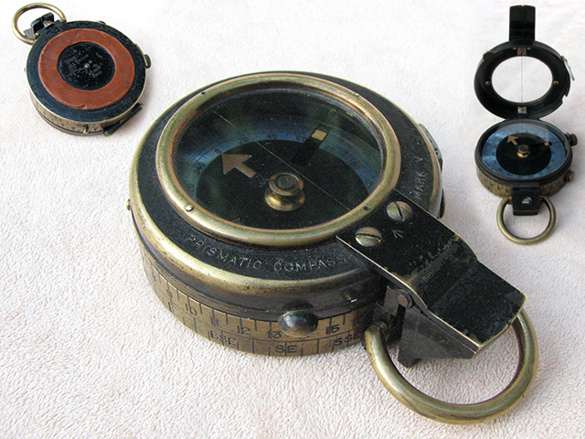 SC1998 Francis Barker & Son WW1 Mark V prismatic marching compass