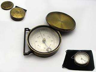 Antique victorian handle clinometer compass with brass lid