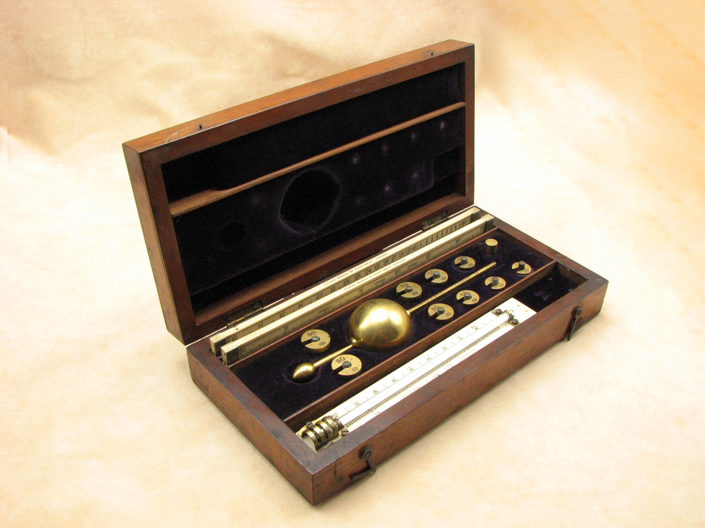 Exceptional 19th century Sikes Hydrometer set by Joseph Long, 43 Eastcheap