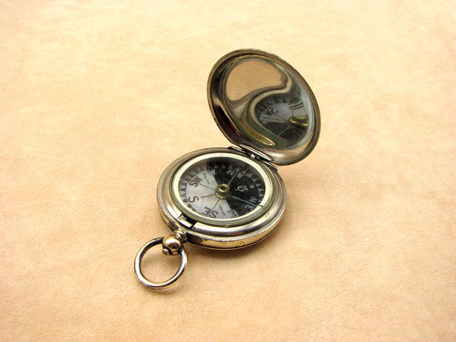 Antique Dollond pocket compass with Singers Patent style mother of Pearl Dial