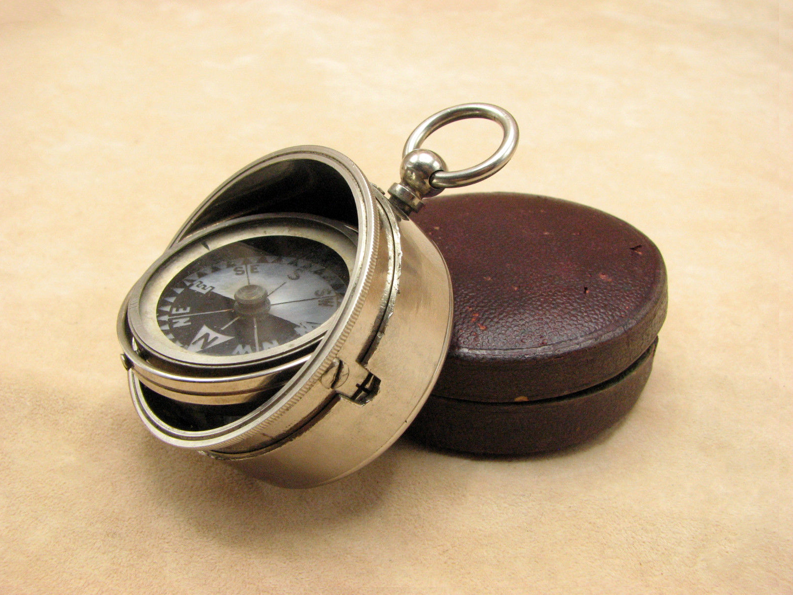 Very rare Short & Mason gimballed pocket compass with Singers Patent mop dial