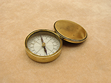 19th century Victorian brass cased pocket compass