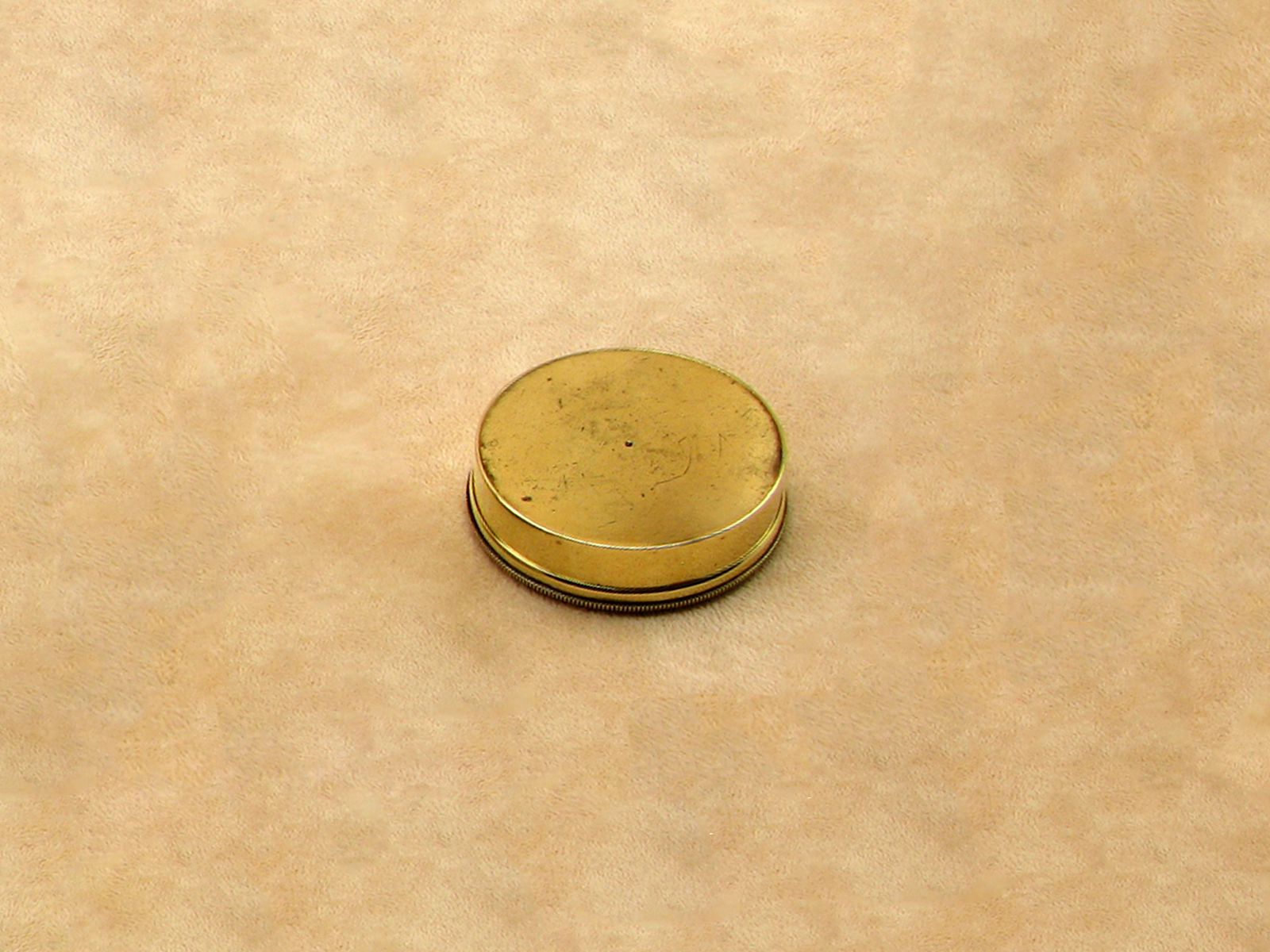 19th century Victorian brass cased pocket compass with lid