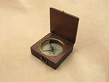 Antique mahogany cased pocket compass