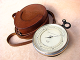 Impressive Short & Mason precision surveying barometer & altimeter with case