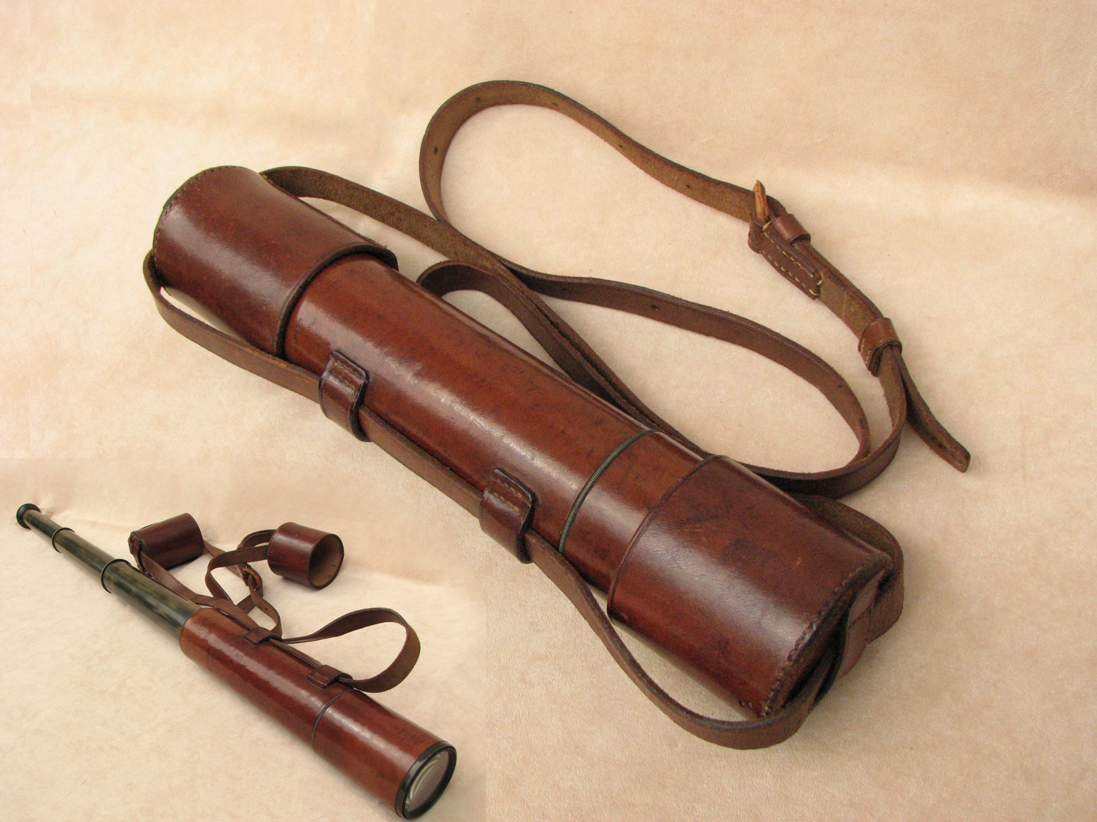 Vintage 3 draw leather clad field telescope