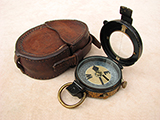 Rare Verner's Pattern MK VI marching compass by E.R. Watts, dated 1913.