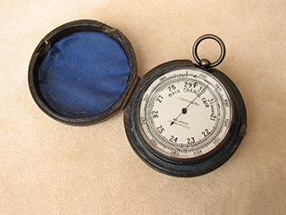 Antique pocket barometer & altimeter signed Aitchison, London & Provinces.