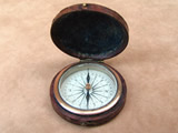 Early 20th century Sherwood London pocket compass with Verners style dial.
