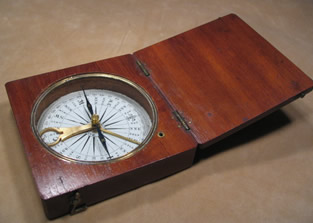 Singers patent style pocket compass unsigned