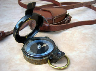 1917 S Mordan & Co Verner's prismatic compass