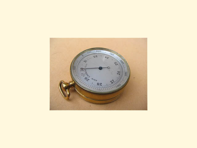 Pocket barometer with Altimeter to 8000 feet