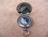 Hunter cased WW1 Officers pocket compass dated 1915